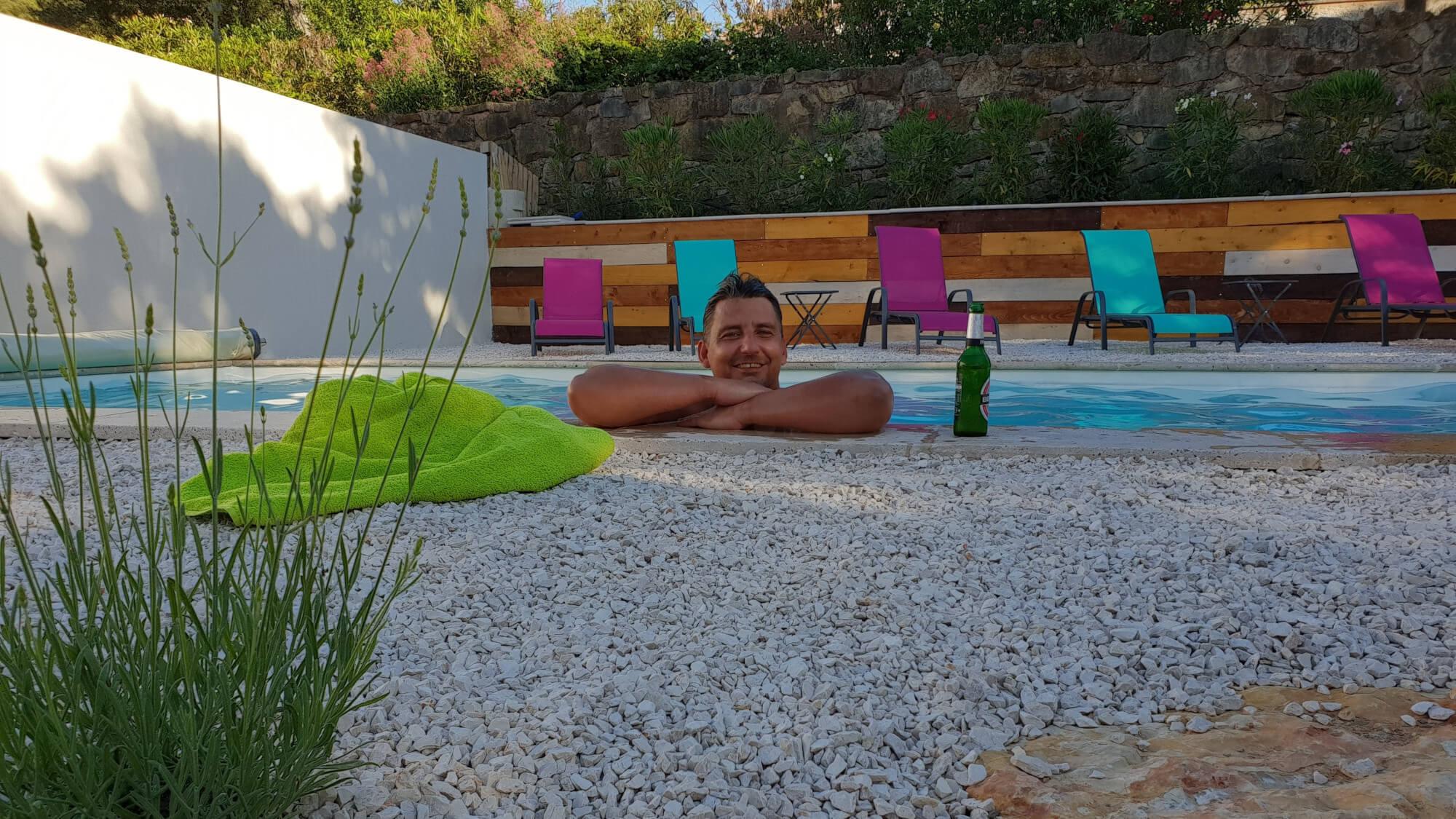 Villa Marie Ferienhaus Provence Aussenbereich Pool Detail