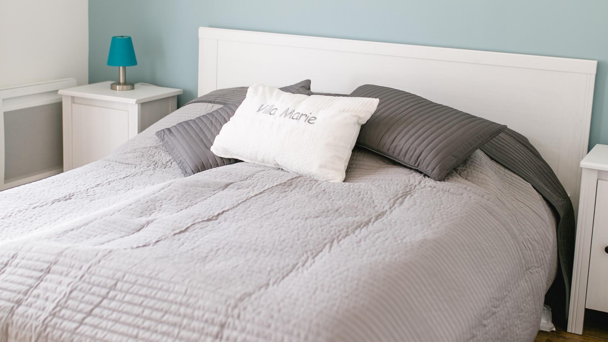 Villa Marie Ferienhaus Provence Schlafzimmer 2 Bett